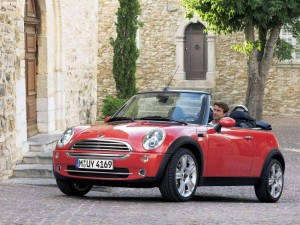 minicoopercab 300x225 9 out of 10 for Mini Cooper Convertible 1.6