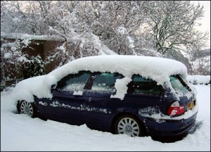 44335643 snow car 300x216 No Insurance for Frost Jacking  Motorists Warned